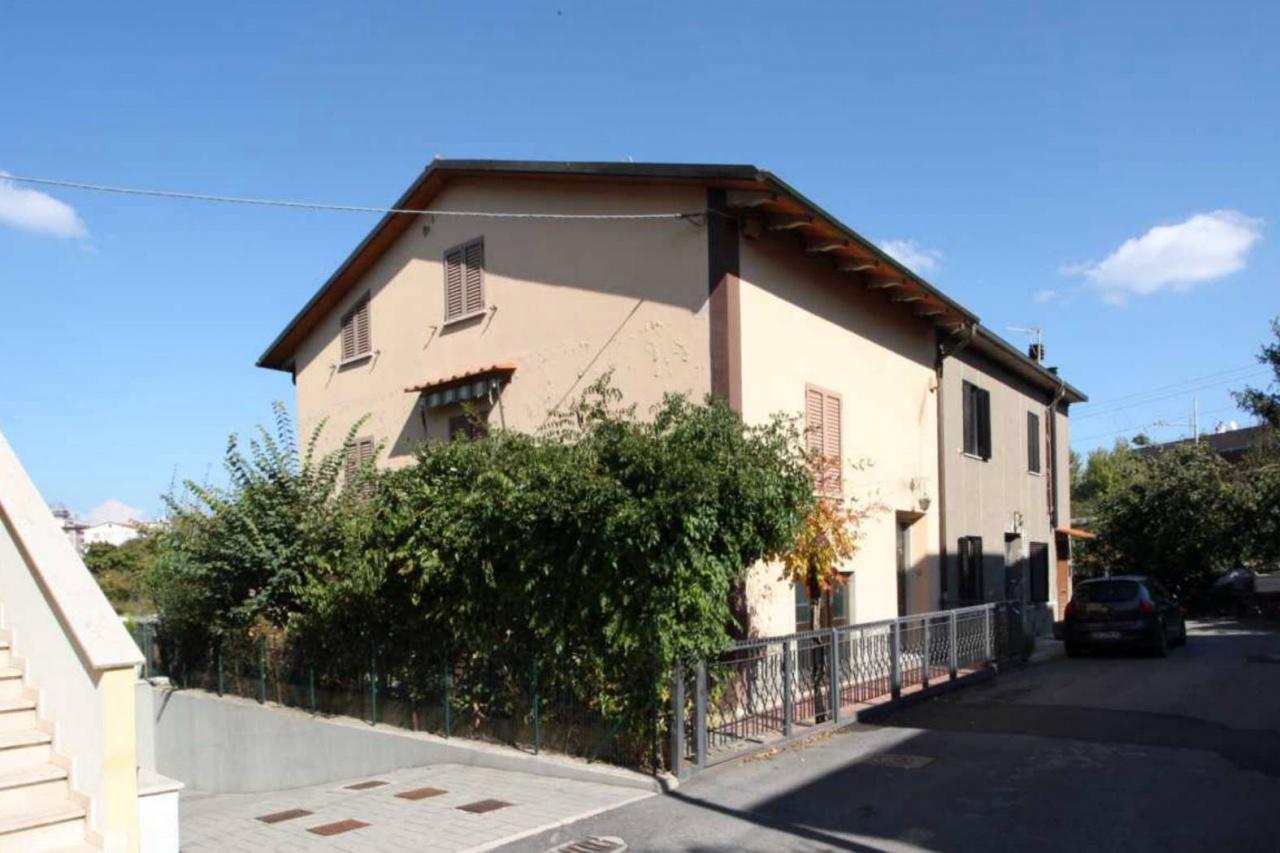 CASA SEMI INDIPENDENTE VENDITA Arezzo  - Via Fiorentina